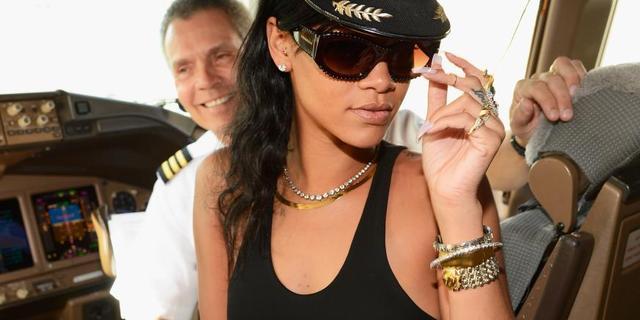 'Rihanna boekt vakantie met Chris Brown'