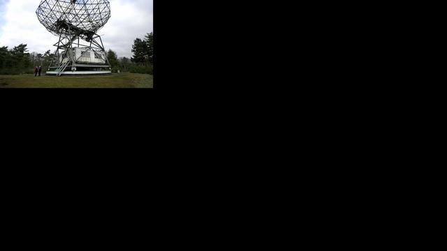 Telescoop Dwingeloo speurt het heelal weer af