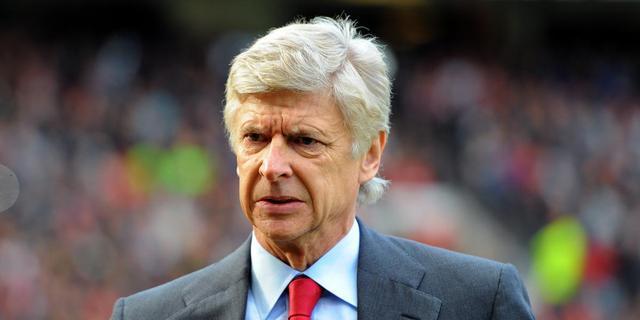 Wenger probeert onrust te sussen