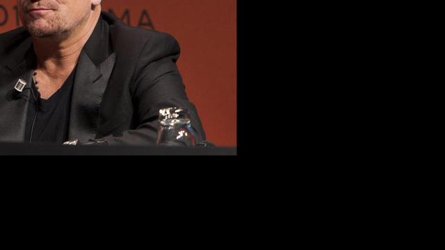 'Zanger Bono heeft moeite met schrijven van liedjes'