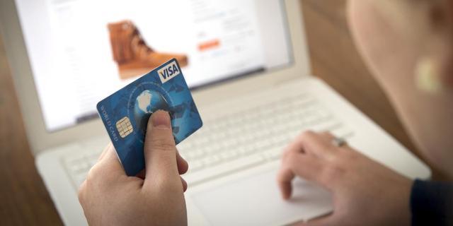 Nederlanders kopen levensmiddelen steeds vaker online