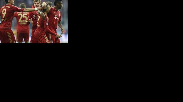 Bayern loopt uit dankzij gelijkspel Schalke en Frankfurt