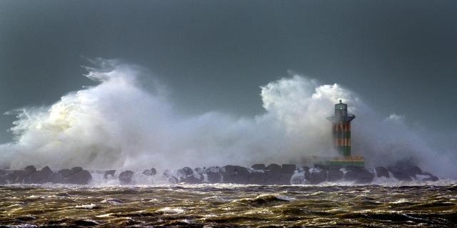 Storm en zware windstoten in Nederland