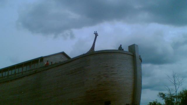 Chinese man bouwt 'Noah's Ark' voor einde der tijden