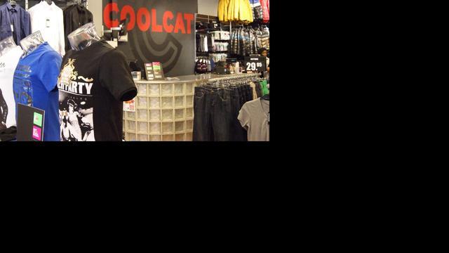 Coolcat haalt beledigende 'shitshirts' terug