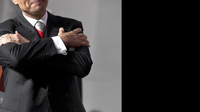 Pena Nieto beëdigd als president Mexico