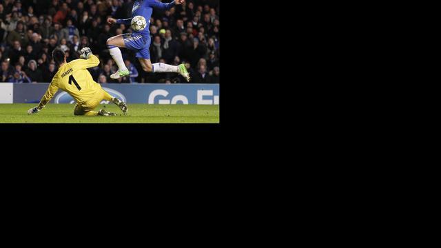 Titelverdediger Chelsea ondanks zege uitgeschakeld