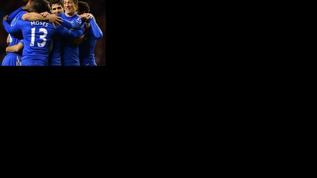 Torres trefzeker voor Chelsea, Arsenal klopt WBA