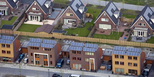 Rabo steekt 150 miljoen in fonds duurzame woningen
