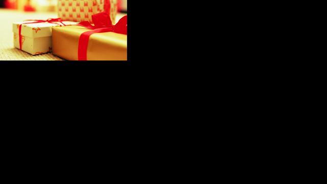 Kerststress? Geef een stuk regenwoud, maandverband of kippen cadeau