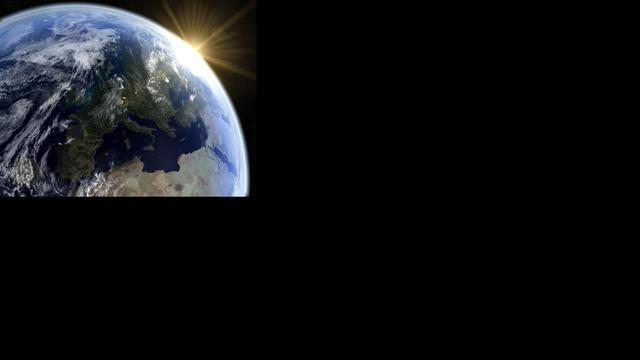 Asteroïde schiet rakelings langs de aarde