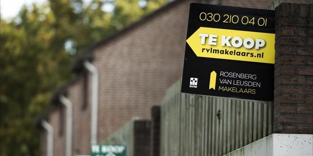 'Bodem woningmarkt nog niet in zicht'