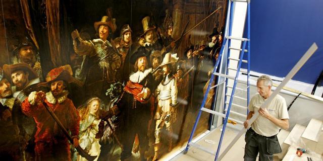 Alle 'schilderijen' van Rembrandt bij elkaar