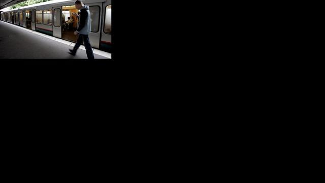 Metro's Rotterdam uur plat vanwege brandmelding