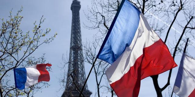 Franse rekenkamer waarschuwt voor tekort