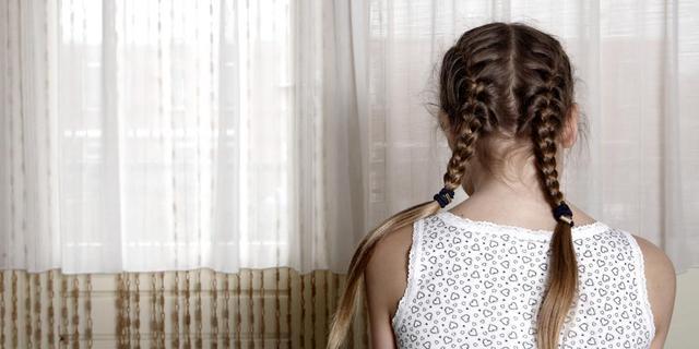 OM komt 50 verdachten van seks met minderjarige op het spoor