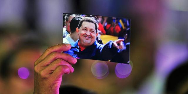 'Chávez ligt niet in een coma'