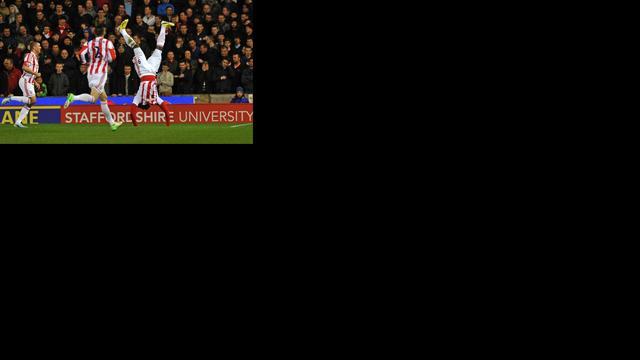 Walters schiet Stoke City voorbij Liverpool