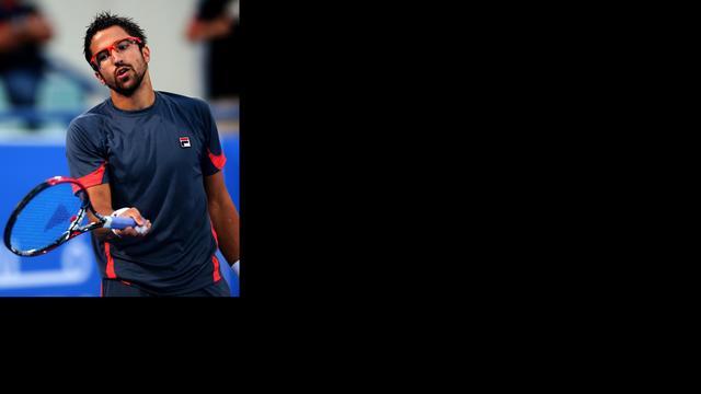 Tipsarevic verrast Murray, Ferrer ook door in Abu Dhabi