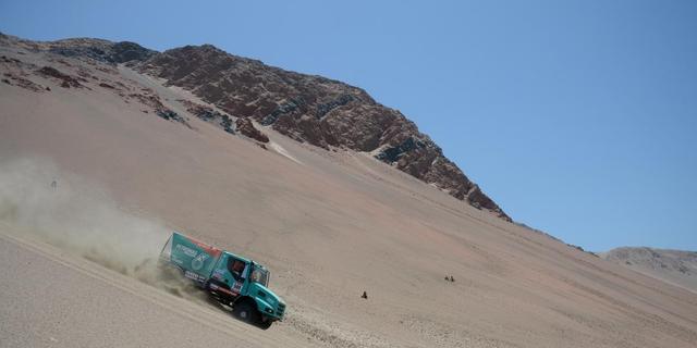 De Rooy grijpt leiding in Dakar Rally, Stacey wint etappe