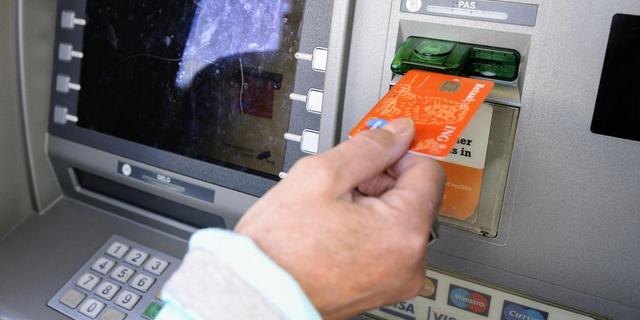 'Consument vertrouwt bank niet'
