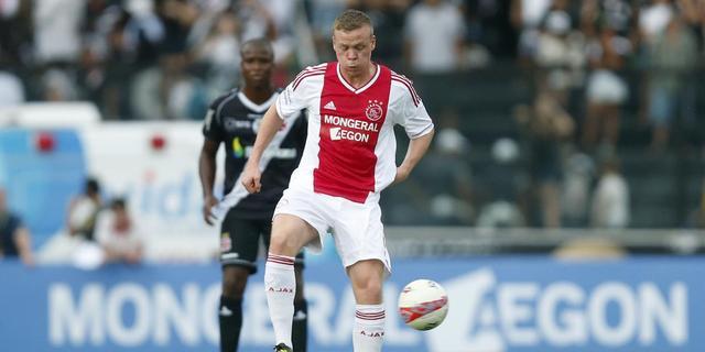 Ajax verliest, rentree Babel en Sigthorsson