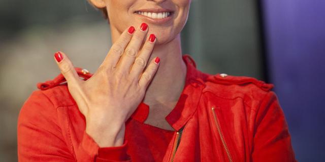 Anouk Smulders presenteert Hollands Next Top Model