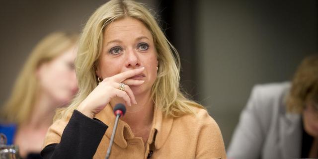 'Defensiepersoneel is vertrouwen in minister kwijt'