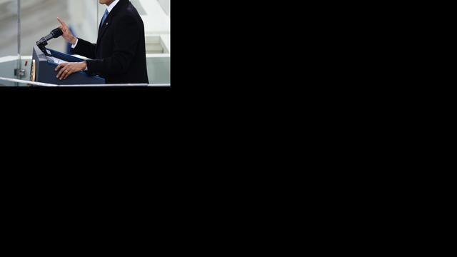 Obama voor publiek beëdigd