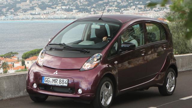 Mitsubishi roept 14.700 elektrische auto's terug
