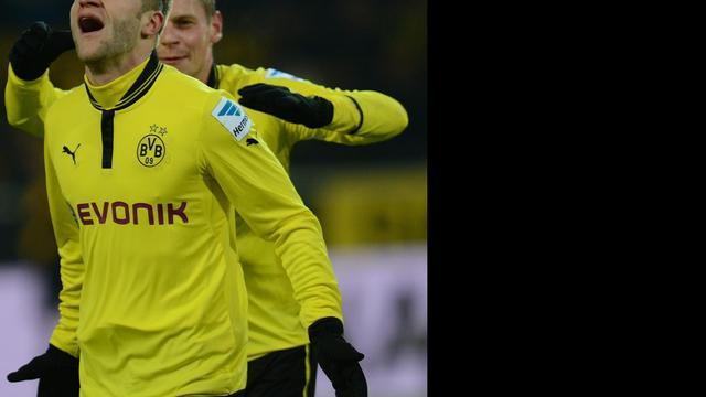 Dortmund wint, Millwall knikkert Aston Villa uit FA Cup