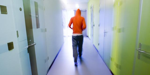 Jonge asielzoekers naar jeugdgevangenis