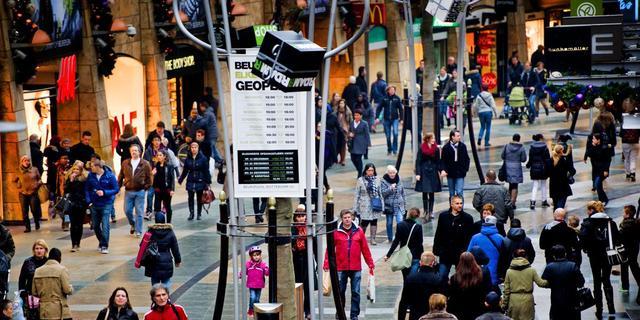 Nederlandse economie krimpt harder