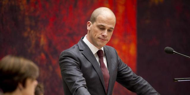 PvdA zakt weer verder weg in peiling