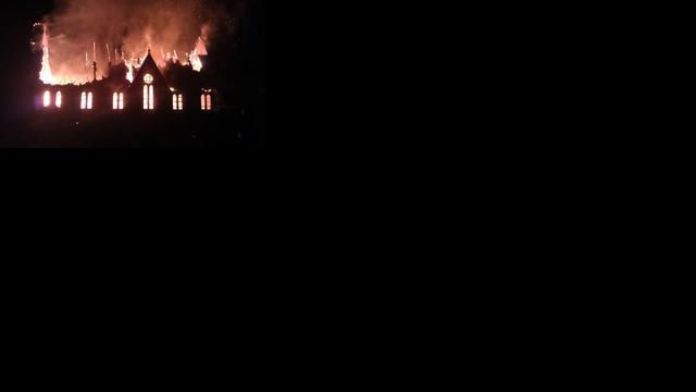Brand verwoest kerk op Ameland