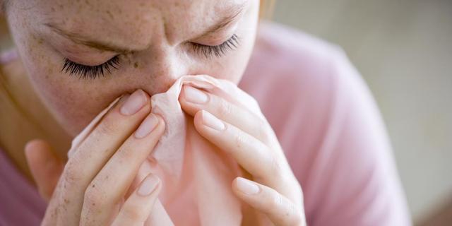 Wat is griep en hoe onderscheid je het van een fikse verkoudheid?