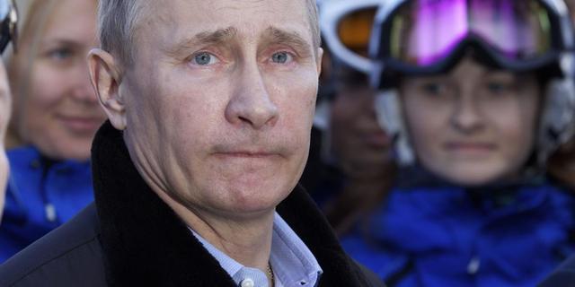 Poetin voert Sovjet-onderscheiding weer in