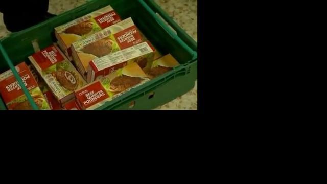 Lasagne uit schappen om zorgen paardenvlees