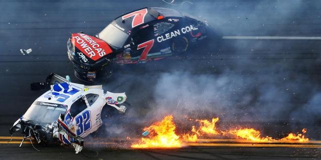 33 toeschouwers gewond na crash in Daytona