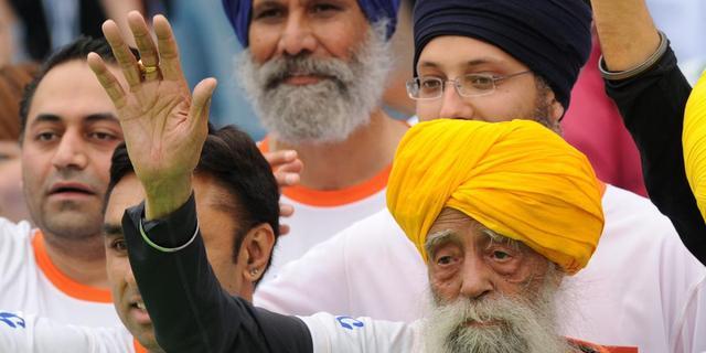 's Werelds oudste marathonloper (101) met pensioen