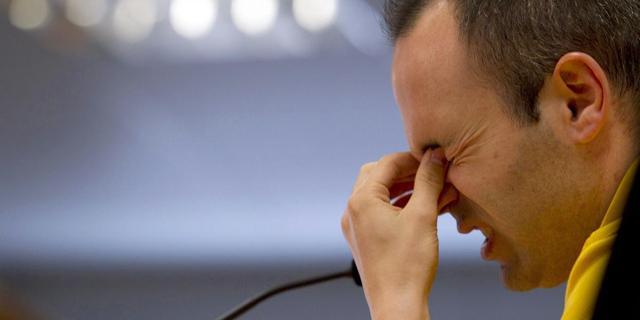Iniesta ergert zich aan kritiek op FC Barcelona
