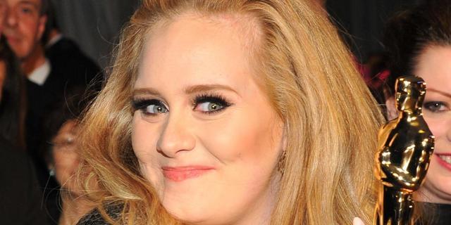 Adele geeft fortuin uit aan spelletjes