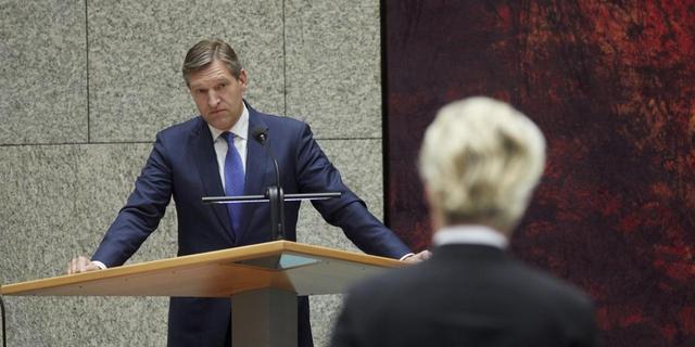 Haagse moslimpoliticus doet aangifte tegen Buma