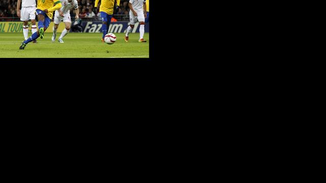 Braziliaanse bondscoach heeft Ronaldinho en Kaká niet nodig