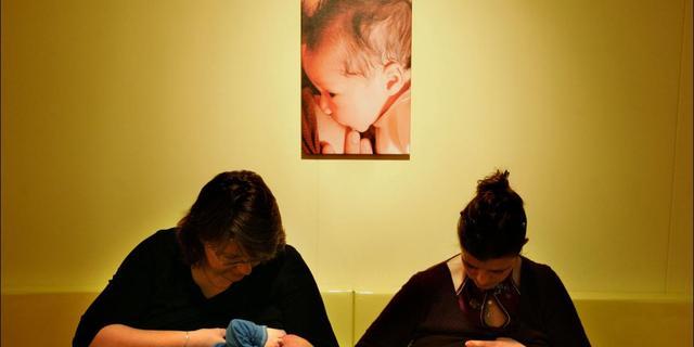 'Vrouwen moeten bevallingsverlof kunnen uitsmeren'