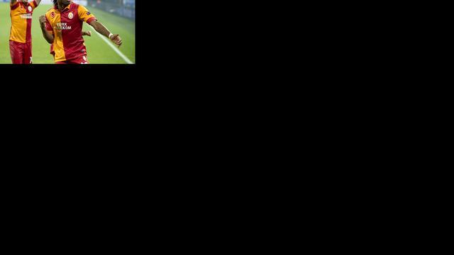 Herstelde Sneijder wint met Galatasaray