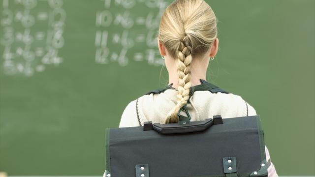 'Scholen niet verplichten tot maximale grootte klas'