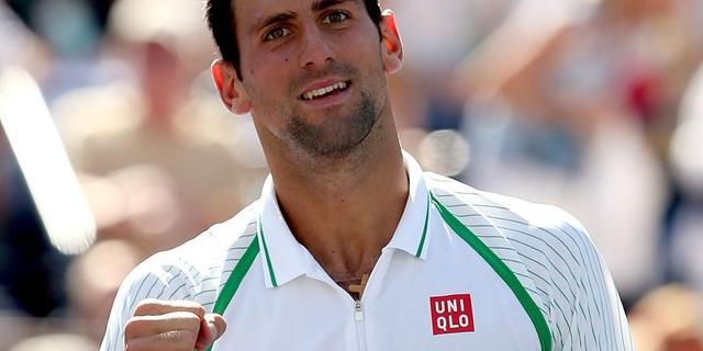Djokovic en Federer eenvoudig naar derde ronde in Rome