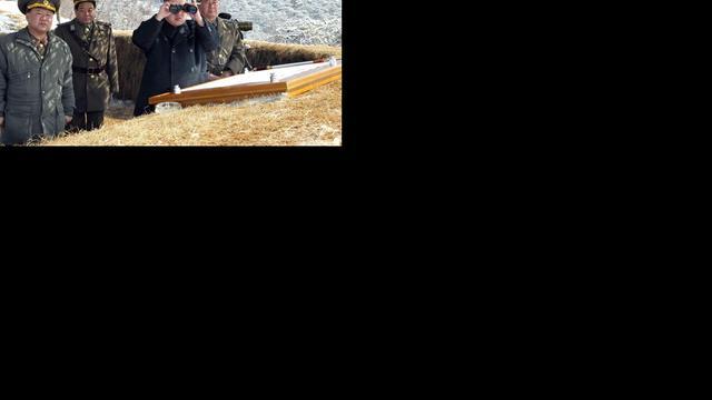 'Gevechtsklaar' Noord-Korea dreigt met raketaanvallen