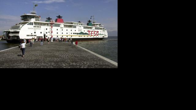 Enige tijd vertragingen naar Texel door technische storing veerboot